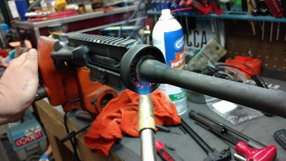 Freeing an AR15 stuck barrel